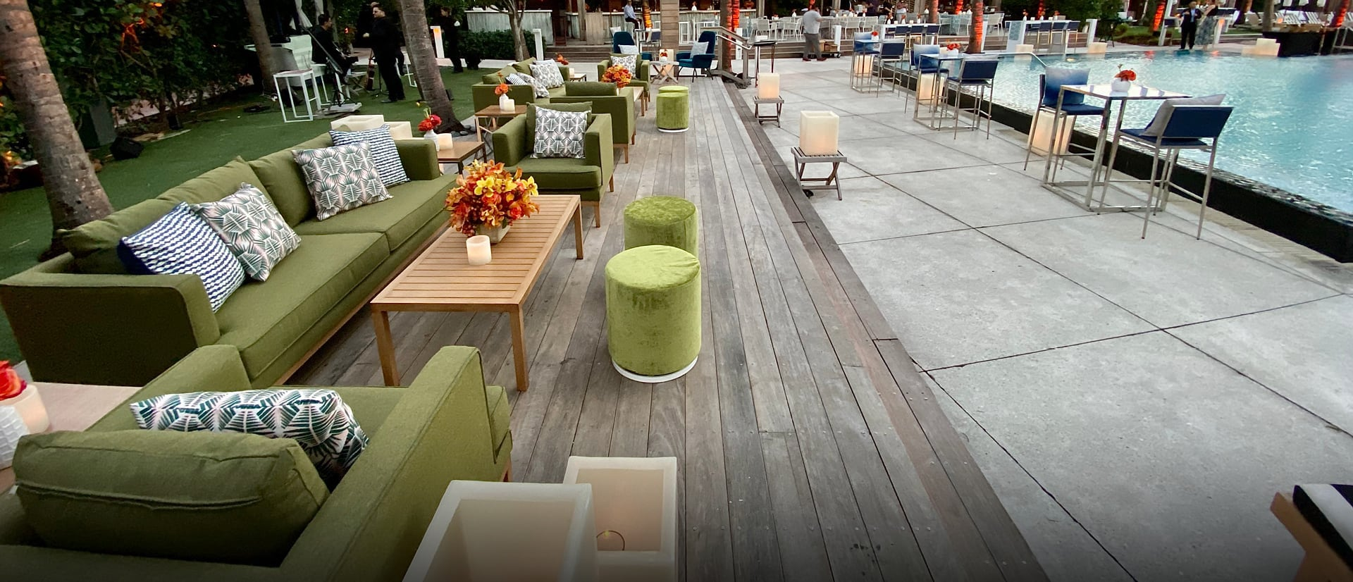 outdoor rentals at poolside event